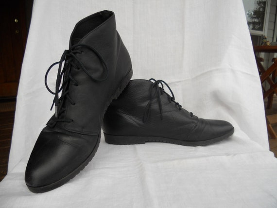Black Leather Ankle Boots  -- Size 7 1/2