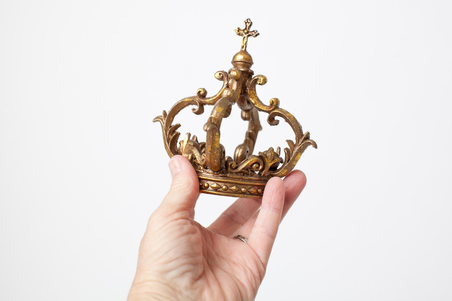 Plastic Crown Cake Topper