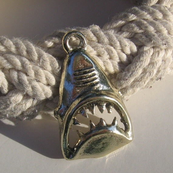 Vintage 1970s JAWS Shark Pendant Charm Goldtone Mystery Metal Retro Awesomeness
