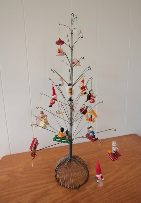 Vintage metal christmas tree wire display stand