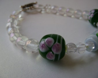 Porcelain lampworked green and white bracelet