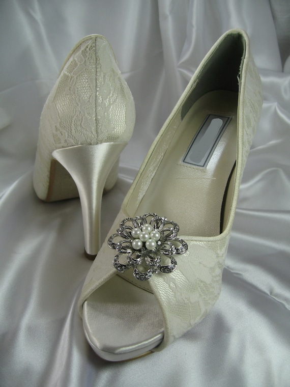 Wedding Shoes Ivory or White Bridal Shoes with Lace and crystal brooch with pearls