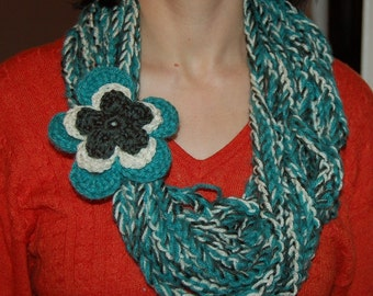 Lariat with 2 removeable flowers