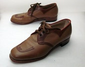 SALE - Western Inspired Leather Oxfords in Brown/Tan 1970s -  8.5 D Mens 10 Womens - 8 1/2 - 10.0