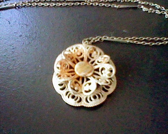 Faux Gold Colored Flower Pendant Necklace great for upcycling