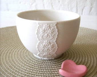 Lovely Porcelain Lace Bowl with Pink Heart Cutlery Rest-Hideminy Lace Series