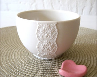 Lovely Porcelain Lace Bowl with Pink Heart Cutlery Rest Set-Hideminy Lace Series