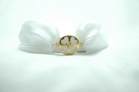 White Jade Stone Gold filled Heart Clover Frame Oriental Bracelet with Handdyed Silk Cord