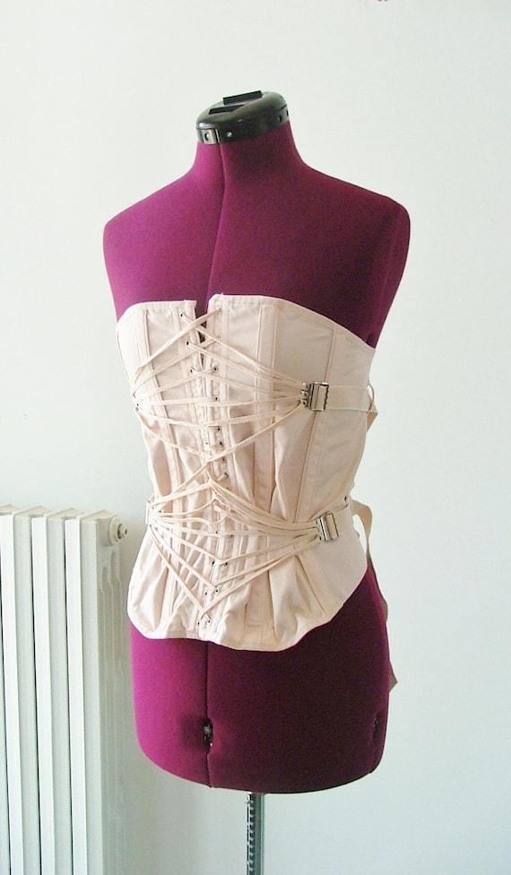 Vintage 40s peach corset Large / Lingerie / Burlesque / Pinup / Fetish