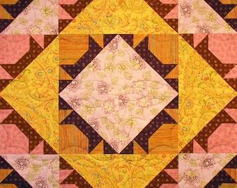 Peekaboo Kitty Patchwork Quilt Block Pattern