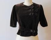 vintage 1940s brown velvet blouse