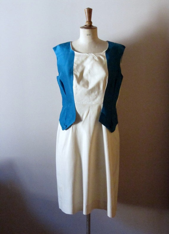 RESERVED  vintage 1940s two toned cream and sky blue dress
