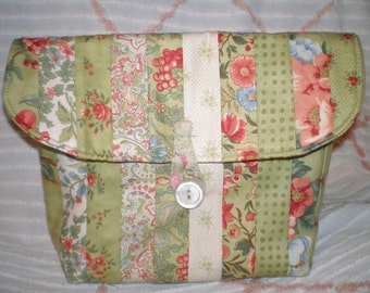 Quilted Cosmetic Bag, Toiletry Bag, Cosmetic Tote, Green Floral Travel/Cosmetic Bag