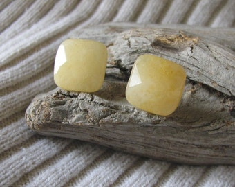 pale yellow jade post earrings