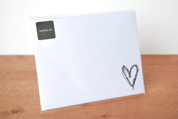 white writing paper set of five: heart