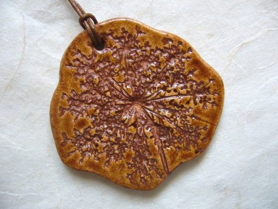 Red Amber Queen Anne's Lace Ceramic Pendant