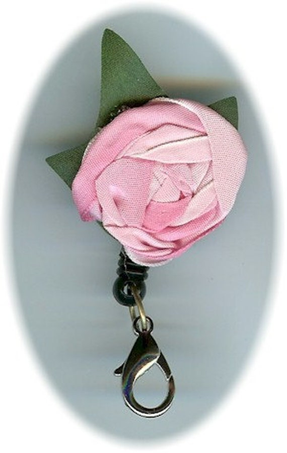 Handy Retractable Scissor Holder with Victorian Rose