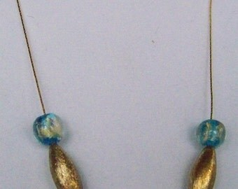 Simple elegance gold and teal necklace w earrings