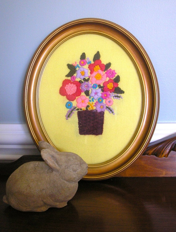 SPRING SUNSHINE Bright and Colorful Vintage Handmade Framed Needlepoint Bouquet of Flowers Wall Hanging