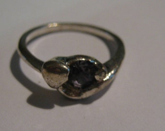 Sterling Silver Vintage Ring with Small Round Amethyst Gemstone Ladies Size 6 1/2