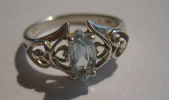 Vintage Avon Sterling Silver Ring With Aquamarine Gem Stone