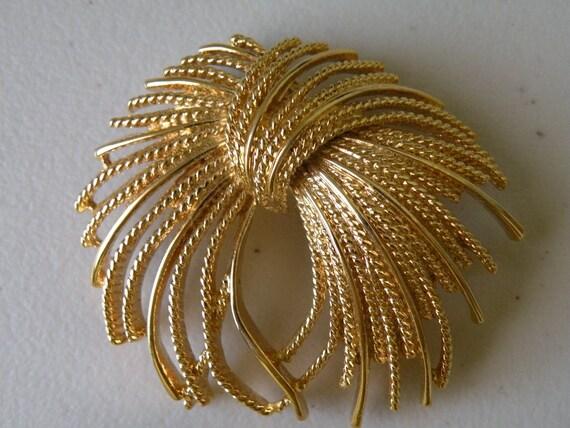 MONET gold plate firework brooch pin.