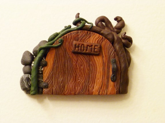 """small Leaf Handle Fairy Door with """"HOME"""" Sign"""
