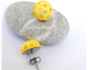 Retro Post Earrings, Vintage glass stones, white with yellow polka dots, gift under 10