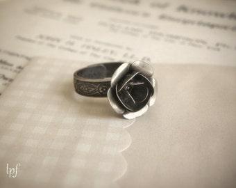 Noire Romance, antique bronze romantic cocktail ring adjustable, gift under 20