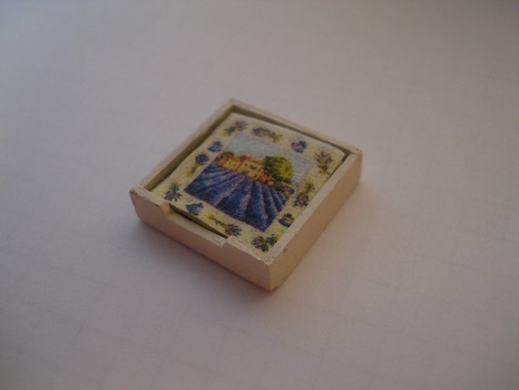 Miniature napkins box