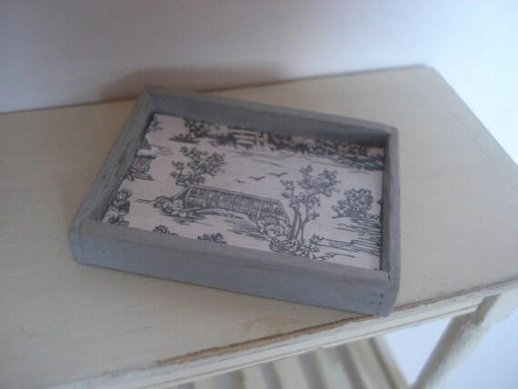 Miniature wooden tray Toile de Jouy