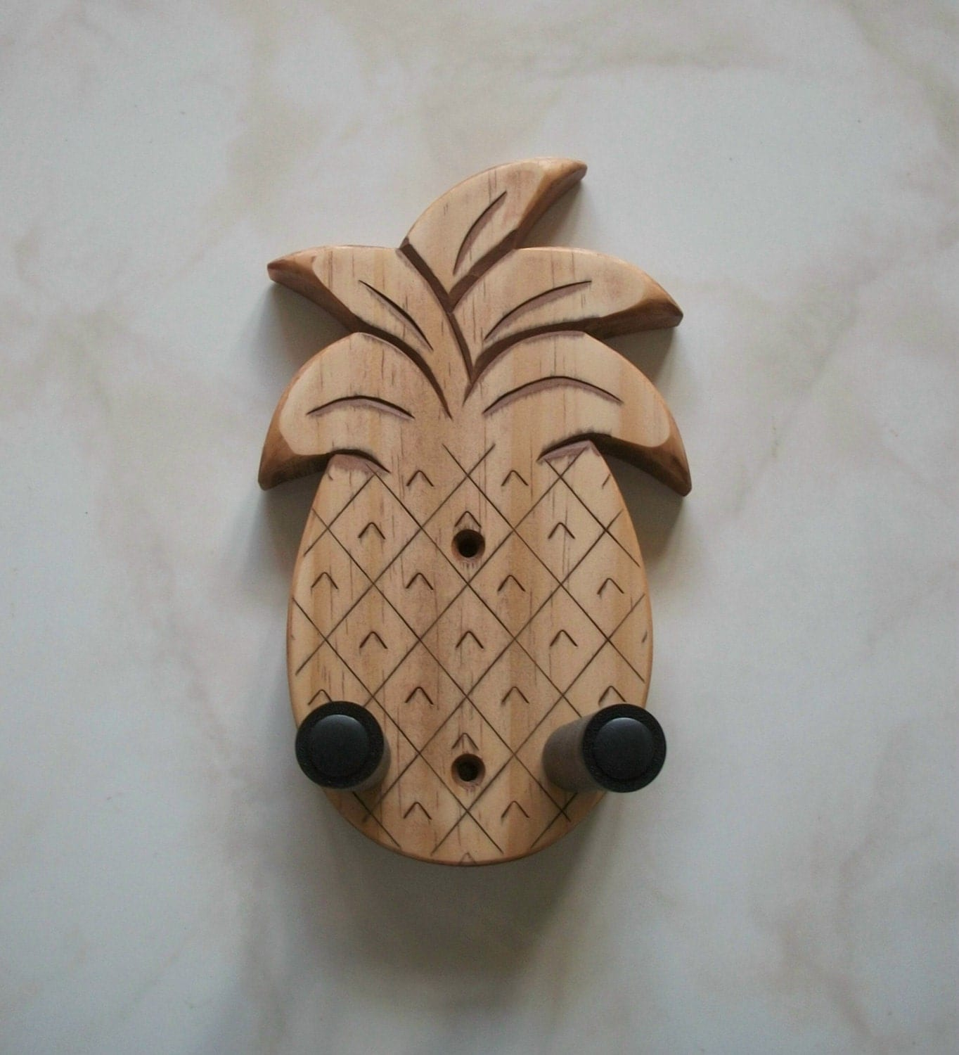 unique ukulele wall mount hanger hand carved pineapple pecan. Black Bedroom Furniture Sets. Home Design Ideas