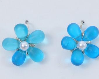 Flower Earrings with pearl centers Flower  Jewelry Daisy jewelry