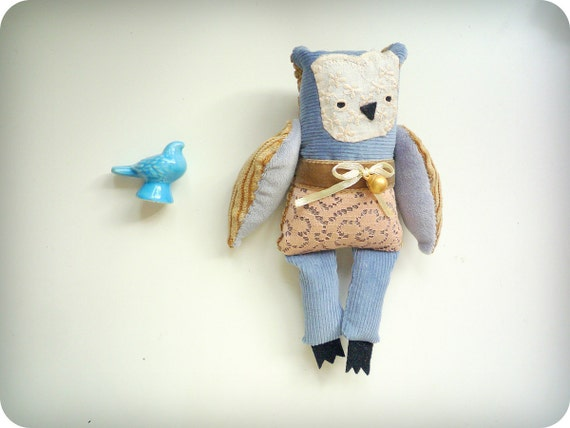 Laura  -   Little  Owl, soft art toy by Wassupbrothers