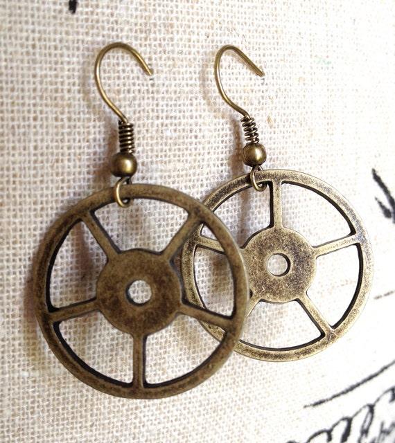 Bicycle Wheel Earrings - Bicycle Jewelry -One of a Kind (OOAK) Spoke Gear Industrial Steampunk