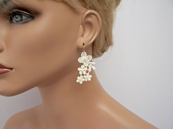 Daisy lace earrings ivory pearl beaded
