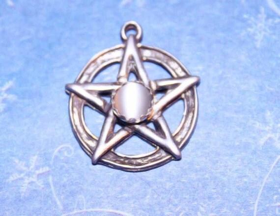 Classic Rustic Pentacle Pentagram Wiccan Pagan Jewelry Sterling Silver & Moonstone P033-Mnstn