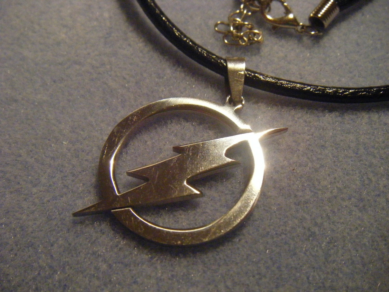 stainless steel flash necklace