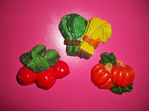 Set of 3 Vintage Vegetable Magnets