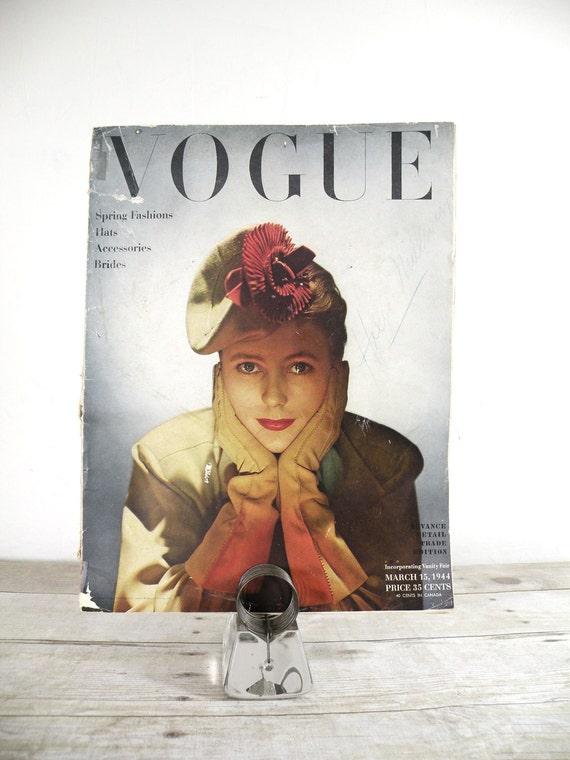 vintage VOGUE magazine, 1944