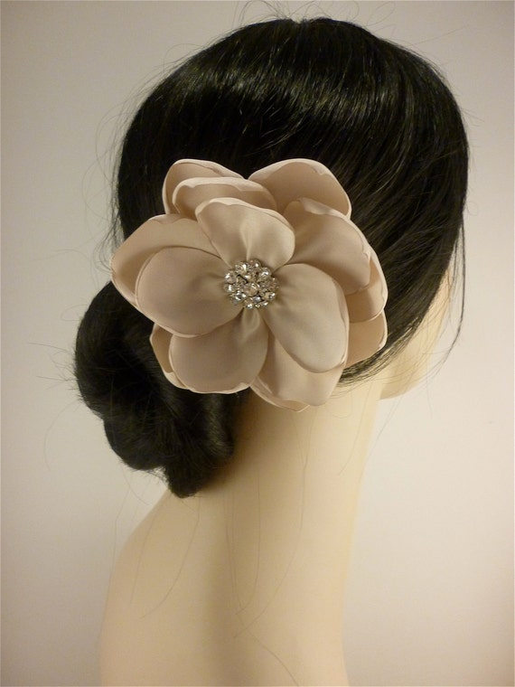 Bridal Fascinator, Champagne Gardenia, Bridal Flower Fascinator, Bridal Headpiece, Bridal Hair Clip, Rhinestone Hair clip