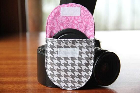 Camera Strap Lens Cap Pocket - Medium, holds up to 77mm