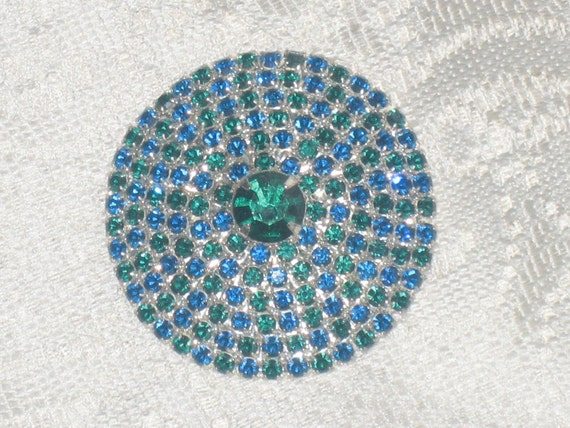 Vintage Large Button Look Brooch