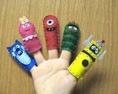 Handmade Yo Gabba Gabba Finger Puppets Foofa, Muno, Brobee, Toodee, Plex