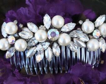 Vintage Inspired Pearls bridal hair comb,wedding hair comb,wedding hair accessories,pearl bridal comb,crystal wedding comb,bridal headpieces