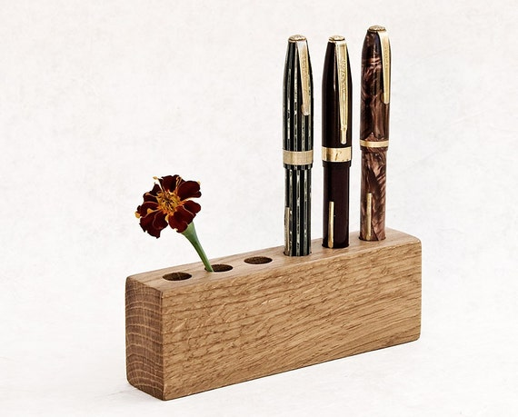 PEN PENCIL HOLDER  Lord James