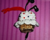 Cupcake Ear Bud Cozy or Case for Gift, Party Favor or Valentine. Kindle, Nook, Tablet Accessory