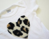 Onesie with Cheetah Animal Print Heart: 6-9 months white short sleeve - creativetradition