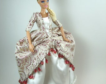 Royal Barbie dress set: Guinevere of Camelot