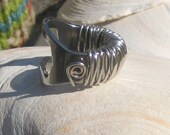 Size 6 Silver  Bottle Opener Ring Womens and Knit Colorful Cozy